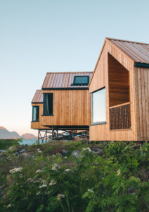 HATTVIKA HILLSIDE accommodation in Lofoten