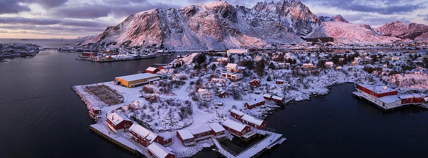 Hattvika Lodge in the Lofoten islands wintertime